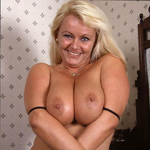 Hot Aussie Granny Looking For Sex
